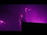 Sian Evans of Kosheen - (Slip and Slide) Suicide Live 2017
