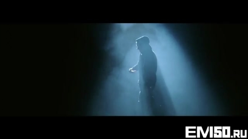 Eminem - Guts Over Fear ft. Sia.mp4