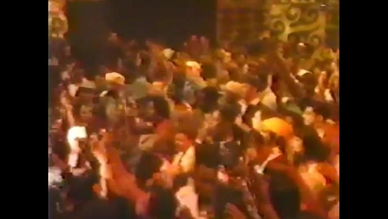 2Pac — MTV Jams (Live)