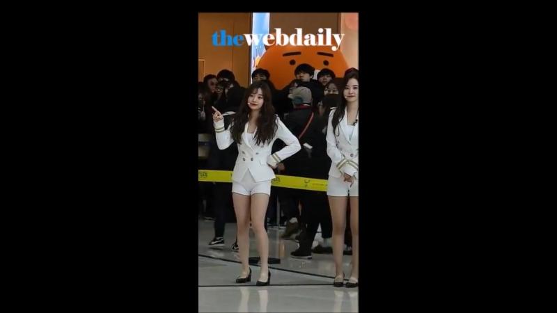 Lee Hyunjoo(이현주) dancing to Poco a Poco [The Unit 더 유닛]