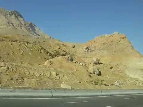 Їдемо по египетській пустині з Хургади в Каір. Egyptian desert