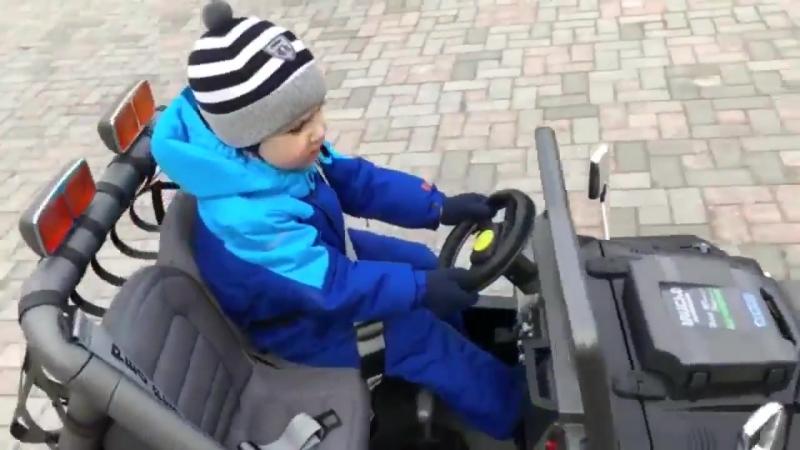 Алла Пугачева - Папа купил автомобиль.Вспоминая хиты примадонны