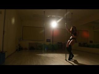 Уральские красотки сняли горячее видео в защиту телебашни