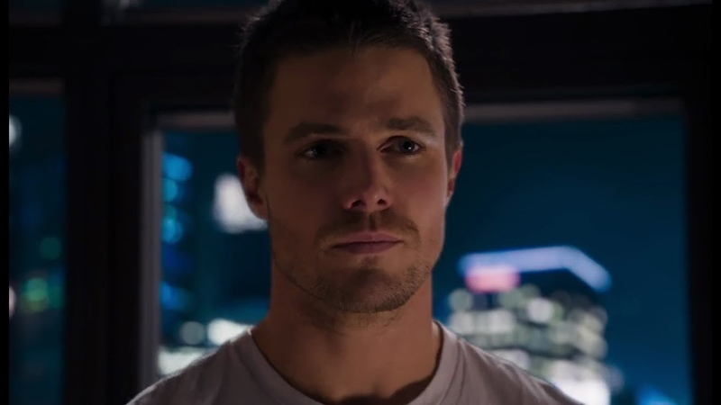 Arrow Oliver Queen está vivo 1x01 Dublado