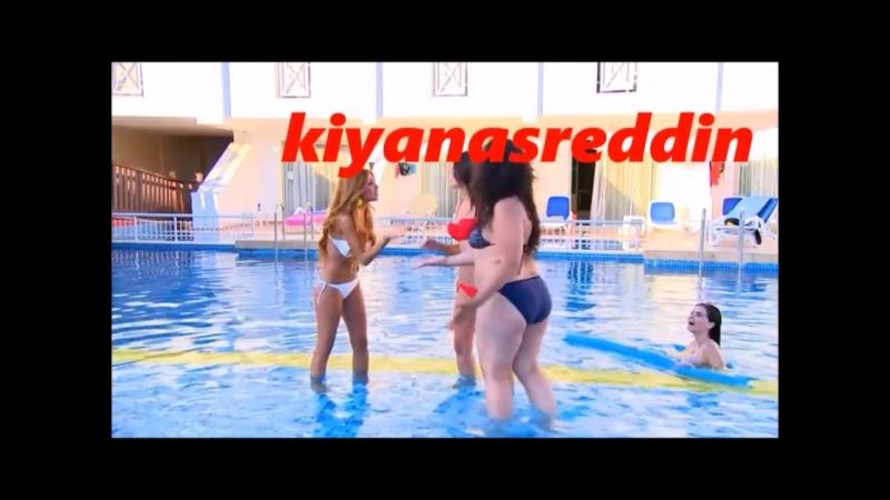 Türk filmi Abbasın Melekleri havuzda bikinili frikik - uzunu sonra