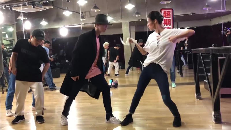 180525 LuHan @ Lu's Theater - Special edition Boss Lu's Magical Dance Dance Practice Studio YouTube Update