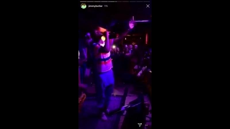 Dwyane Wade and Jimmy Butler karaoke dream team mp4