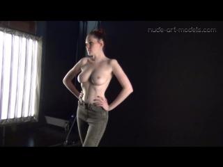Голая фотосессия пышногрудой модели Katha. Красивая эротика. Не порно не секс. Няшка сиськи попка грудь брюнетка блондинка рыжая