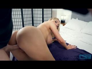 Sex (Nikki Benz)