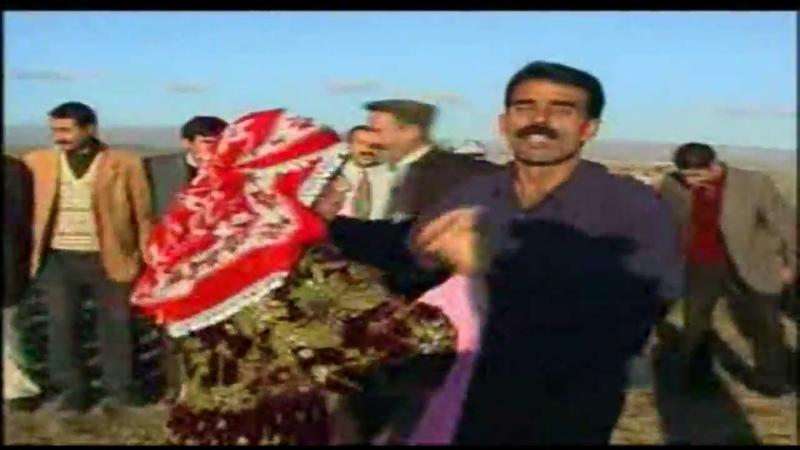 En Çok Dinlenen Kürtçe Halay Şarkıları Potpori - KÜRTÇE OYUN HAVALARI