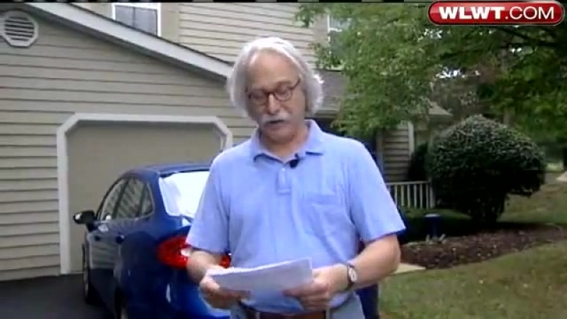 Dr William L Pierce NA Distributes Flyers Against Interracial Dating Media Shows Hate And Contempt Interviews A Few White L