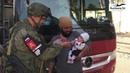 Удивительные кадры: Российские военные играют с детьми боевиков в Восточном Каламуне