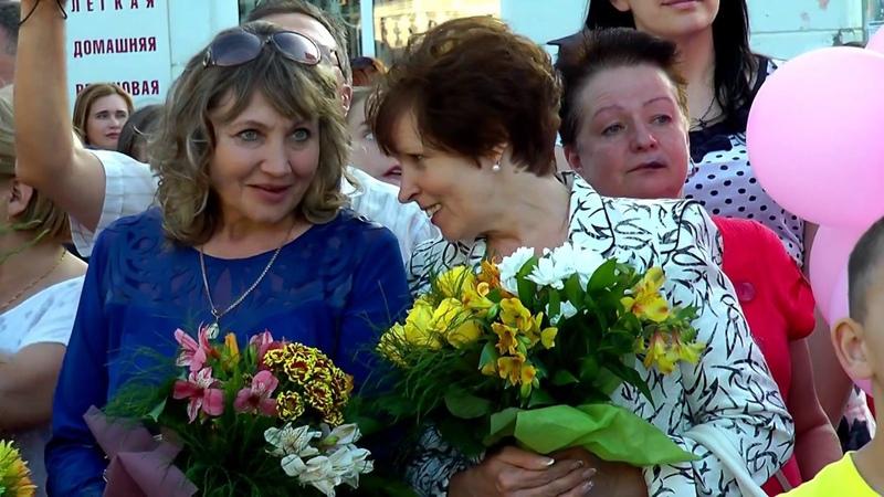 Хорошо быть молодым и красивым на празднике выпускников школ г Лермонтов край Ставроп