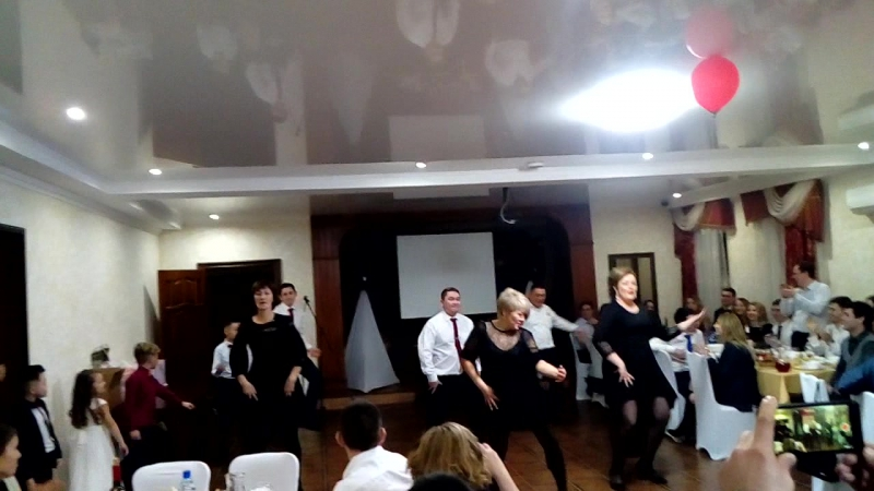 Танец на свадьбе Даниса и Гульнары