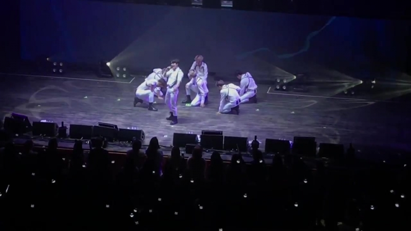 VK 22 07 18 Fancam The 2nd World Tour The Connect In Newark All in