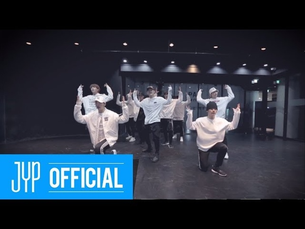 Stray Kids District 9 Dance Practice