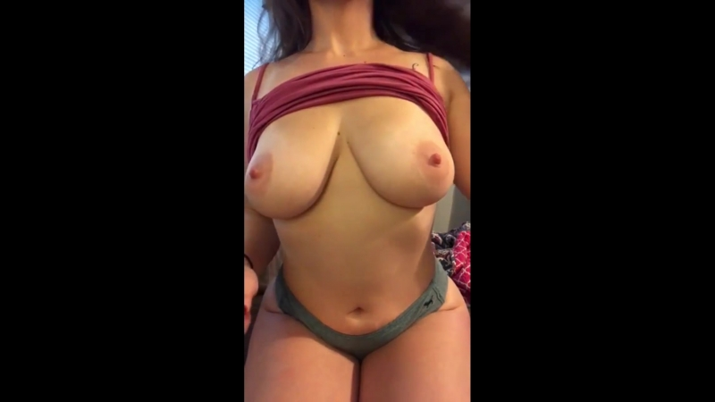 Bouncy boobies! )