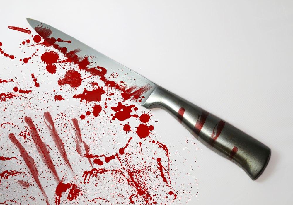 СК: 2 мужчин зарезали в Асино собутыльника, чтобы «скрыть» убийство пенсионерки.