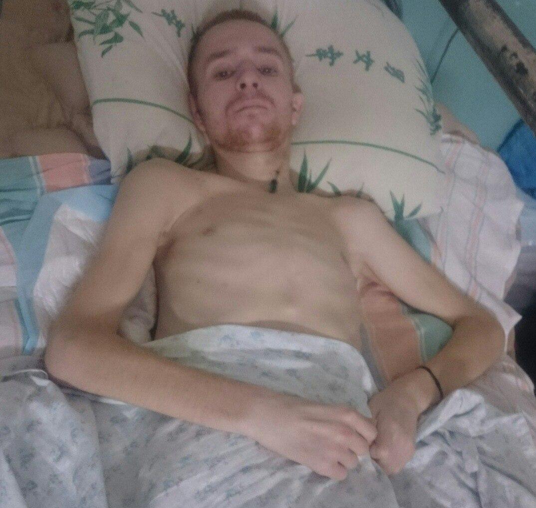Курянину, сломавшему в ДТП позвоночник, собирают деньги на реабилитацию