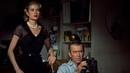 Окно во двор 1954 Режиссер Альфред Хичкок. В ролях Джеймс Стюарт, Уенделл Кори, Грэйс Келли. Жанр Триллер, детектив.
