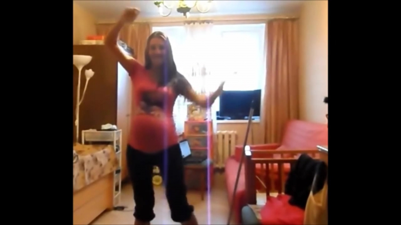 28 Weeks Pregnant With Triplets - Busting a move
