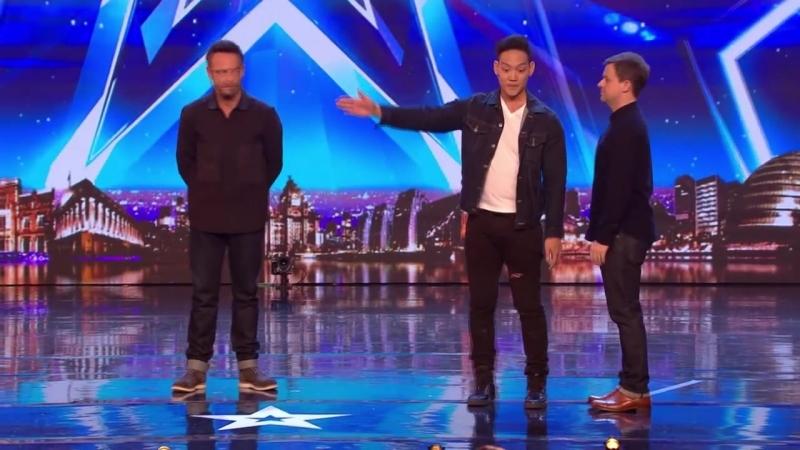 Andrew Lee - поиск карты ножом! Britain's Got Talent