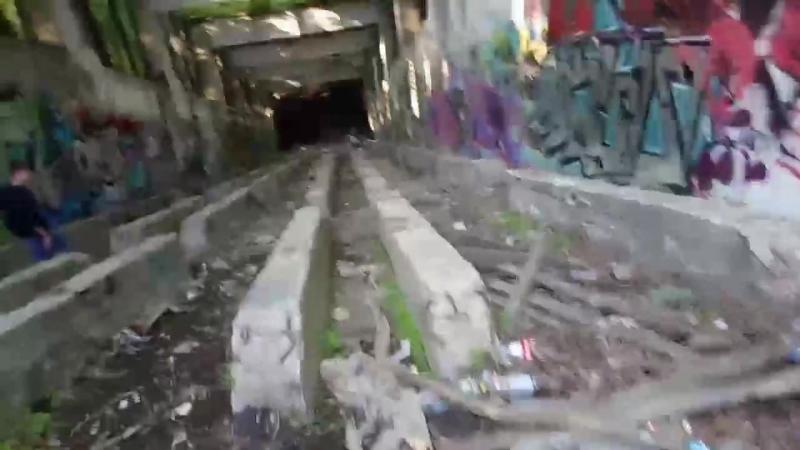Заброшенная эскалаторная галерея станции метро «Ленинские горы» (Москва) | заброшенный, неиспользуемый объект, строение 1965 год