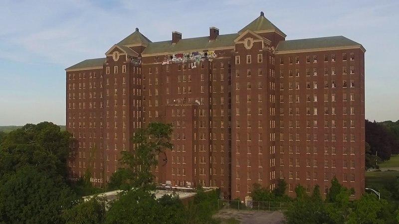 Exploring the Abandoned Kings Park Psychiatric Center