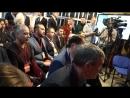 Сессия вопрос ответ во время открытия общественной приемной на Тверской 28