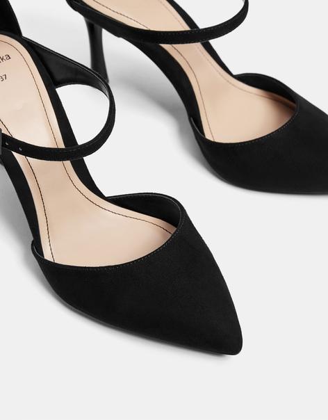 Туфли на каблуке, с ремешками