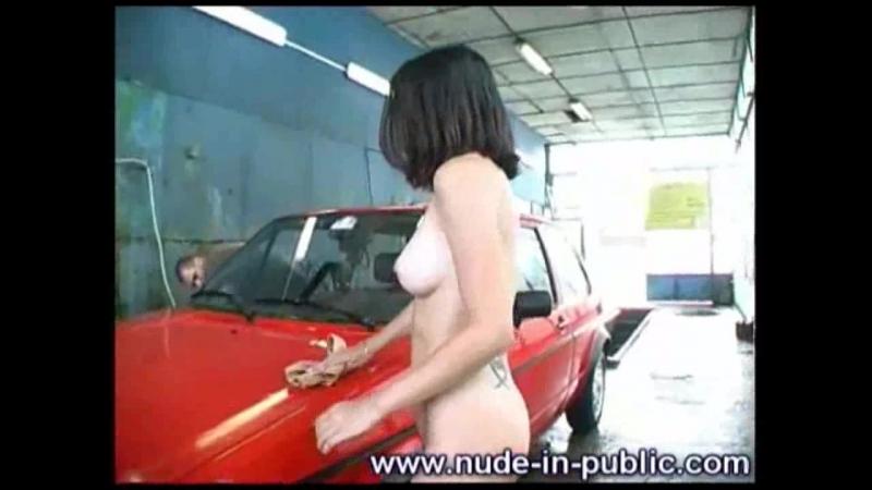 Nude-In-Public_orsosN023500