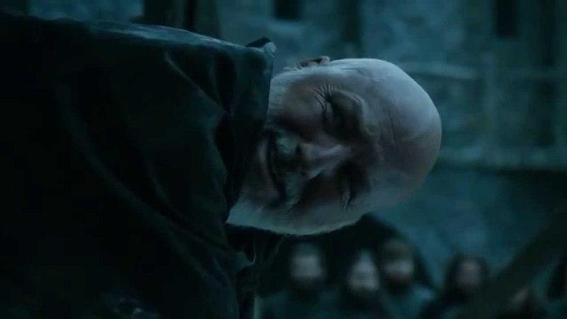 Jon Snow ejecuta a Janos Slynt   Juego de Tronos Español HD