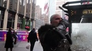 Ведьмак и плотва в NY (Witcher catching a ride in New York City)