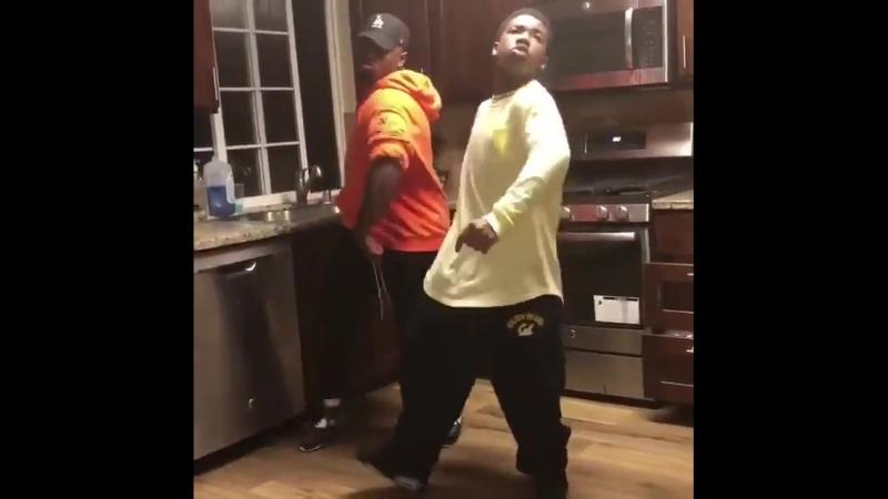 How I'm dancing to Womp Womp from now on, @valee. - - @LILKIDA8