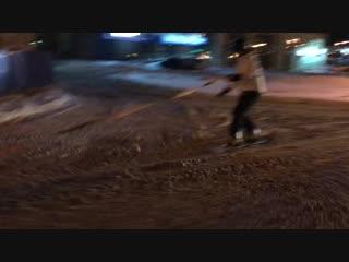 Суровый челябинский сноубордист