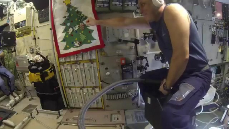 Flight tests of vacuum cleaner aboard the International Space Station
