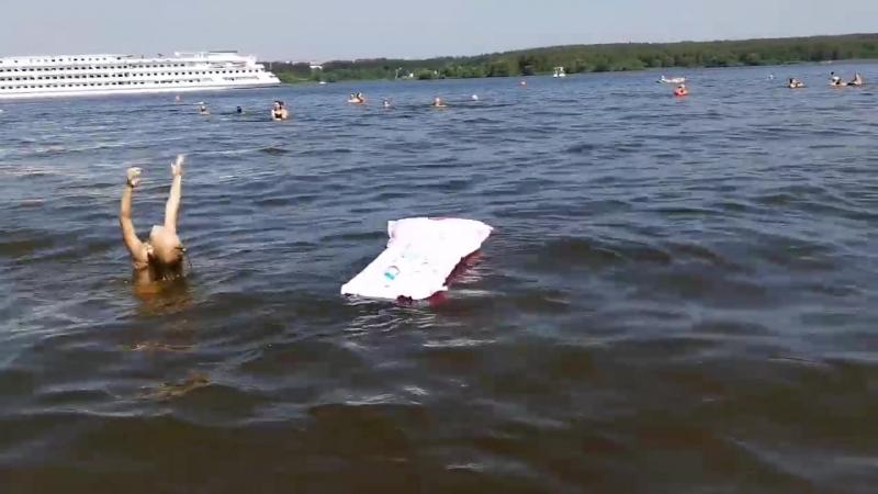 Лето 2018 Новоалександрово, Ксюша, матрац и теплоход