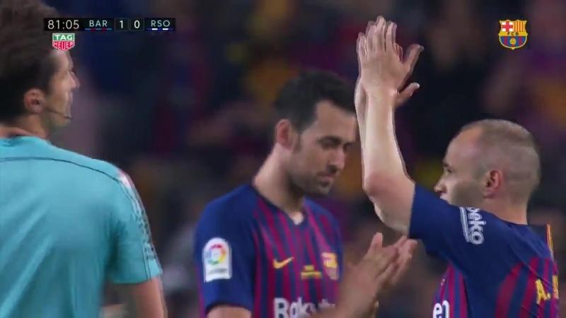 Иньеста покидает Барселону под аплодисменты стадиона💙❤