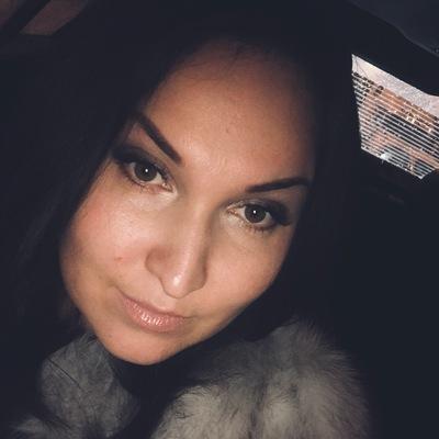 Лена Андрианова