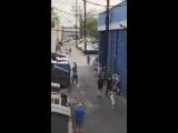Драка геев и пьяных девушек попала на видео