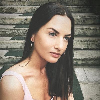 Аня Дядечко