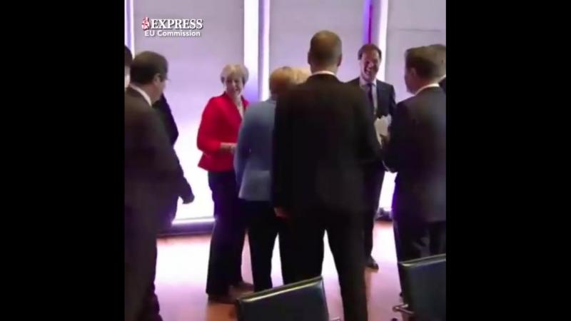 Дипломатический скандал публичное оскорбление Мэй канцлером ФРГ попало на видео