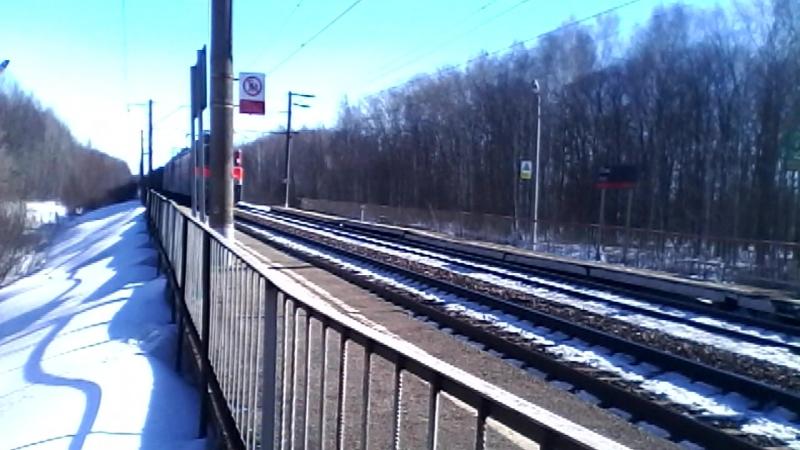 Электровозы ВЛ10У-510 и ВЛ10У-381 с грузовым поездом