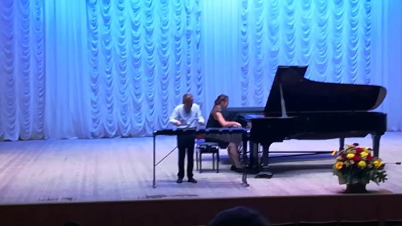 Тарантелла (Гаврилин В.), исполняют Арсений Демиданов, ксилофон, Ульяна Шишенина, рояль