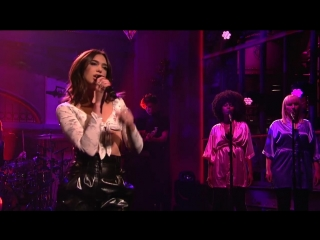Dua lipa вживую исполнила свой хит new rules (live) - snl