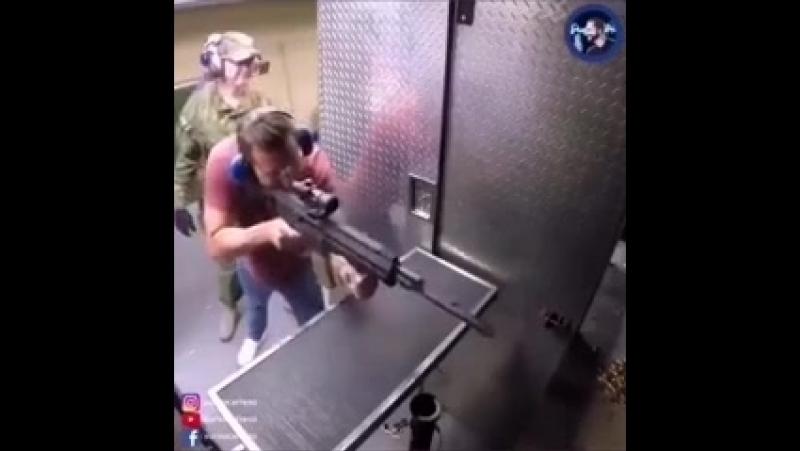 Озвучка огнестрельного оружия).mp4