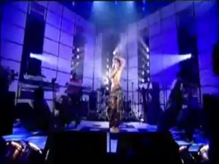 Beyonce Naughty Girl live at Top of the Pops 2004