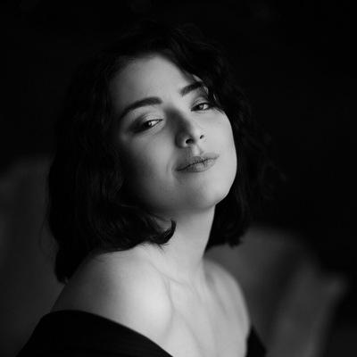 Лиза Заторская