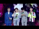 180802 Korea Mucic Festival SHINee reading a letter from a Shawol and finding her in the crowd as directed by other Shawols