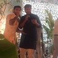 Арджун и Ранвир развлекают гостей